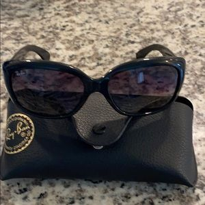 Ray bans worn once. Black. Jackie Ohhs
